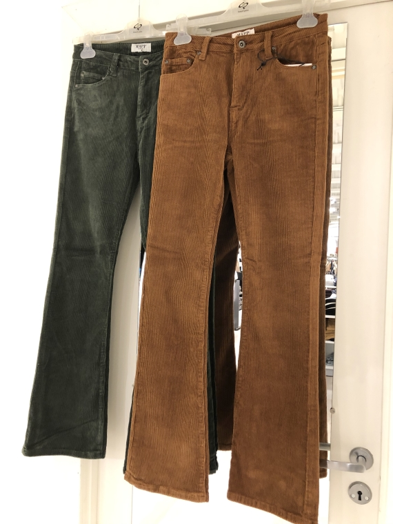 Mio Skinny boot cut Camel